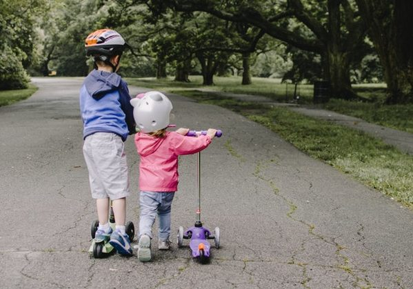 da6895c2eed Best Kid's Scooters in India [Kick / Scate Scooter] - Review + Price